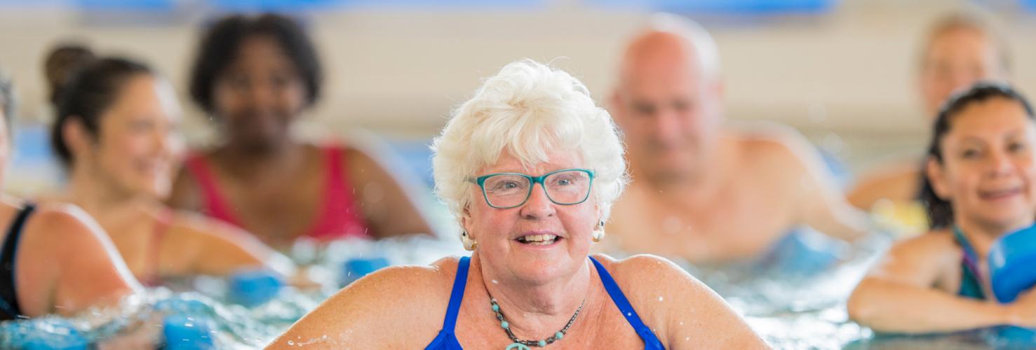 Natación mayores de 65 años mes de septiembre