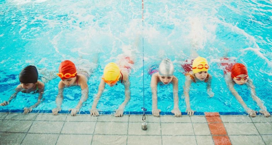 Iniciación, natación para niños 6-13 años mes de julio