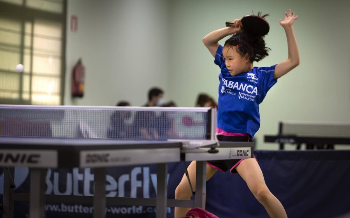 Torneo femenino de la Hípica de Tenis de Mesa
